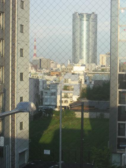 窓からの東京タワー