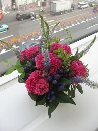 ミュージァム窓辺の花