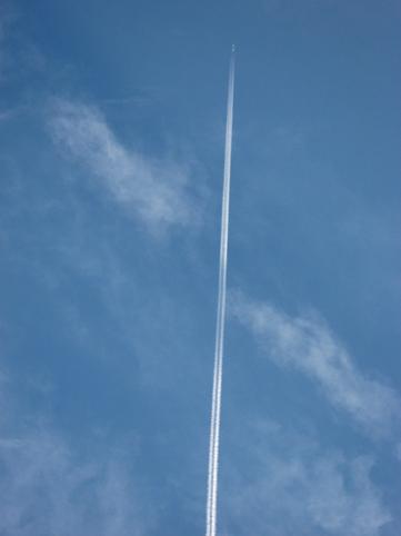 0928飛行機雲