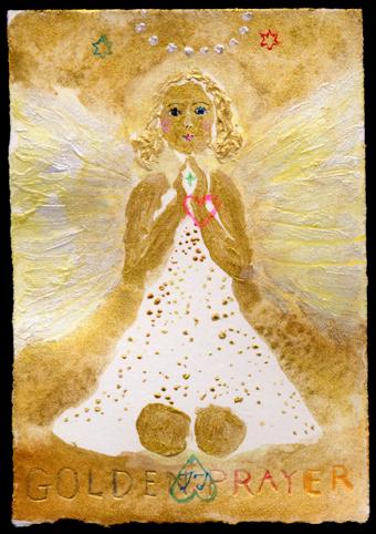 Petite Golden Prayer